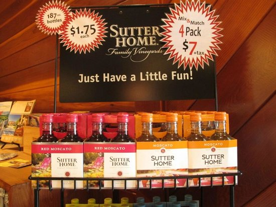 Sutter Home Winery: Cute 187 ml bottle
