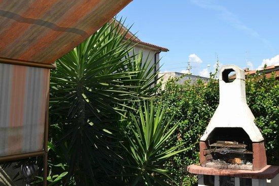B&B La Baia Dei Delfini: Veranda
