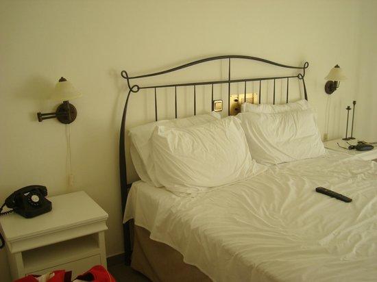 Alexandros Hotel: Το κρεβάτι