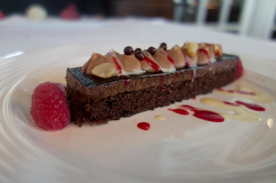 Goodstone Inn & Restaurant: TRUFFLE CHOCOLATE CAKE