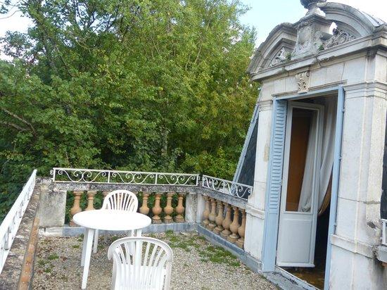 Le Parc des Marechaux : The private balcony