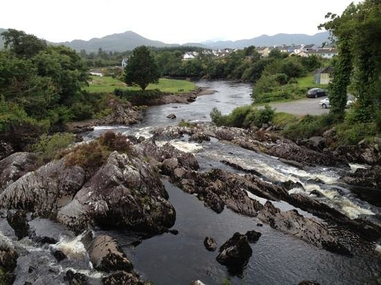 Kerry Experience Tours - Private Day Tours: Sneem river