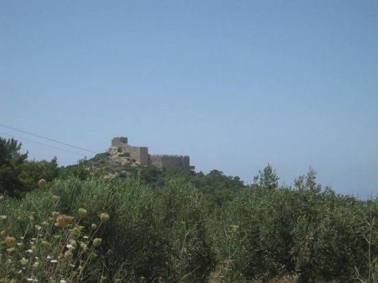 Kritinia Castle: Approach to Kritinia