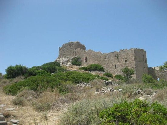 Kritinia Castle: On the way up