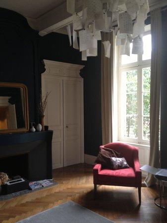 42 Rue Victor Hugo : Master Bedroom