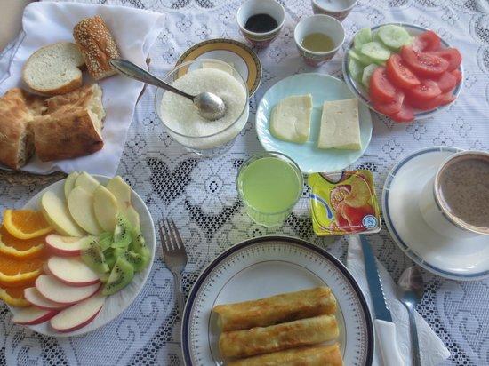 Hotel Chubini: グルジアの朝食