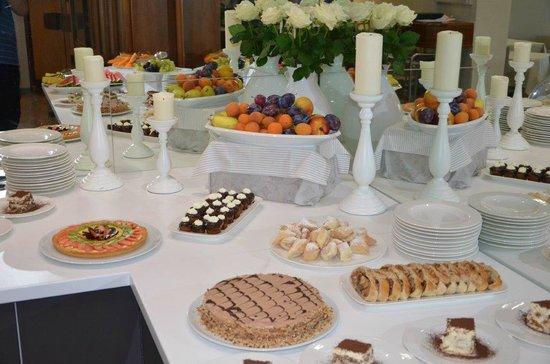 Hotel Bellavista: Nachspeisenbuffet