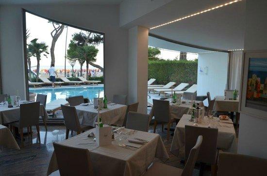 Hotel Bellavista: Blick in den Speisesaal
