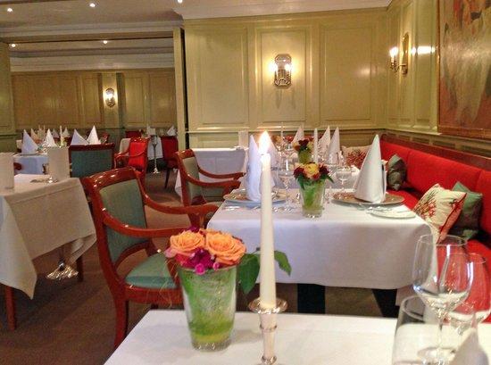 Kleine Landhausküche fünf kleine güße aus der landhaus küche picture of restaurant