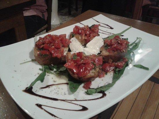 Inn Bufalito Taverna Mediterranea: bellissime e buonissime bruschette