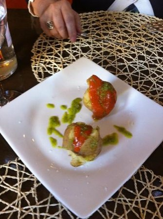 Casa Yesca: entrante papas con mojo