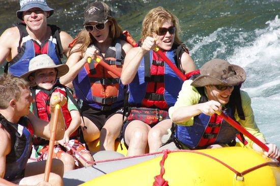 Glacier Raft Company : Cousins having fun