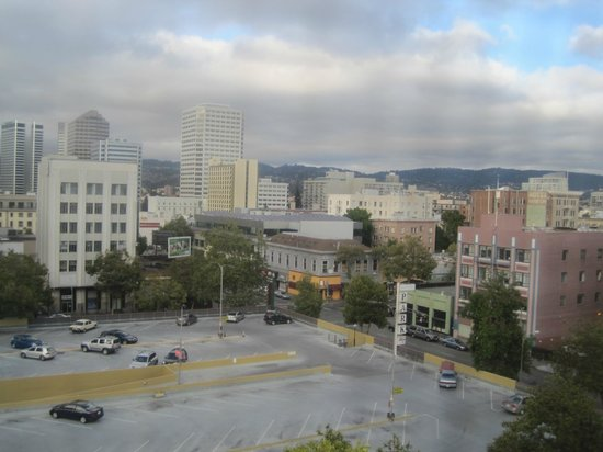 Clarion Hotel-Downtown Oakland: The view from our room