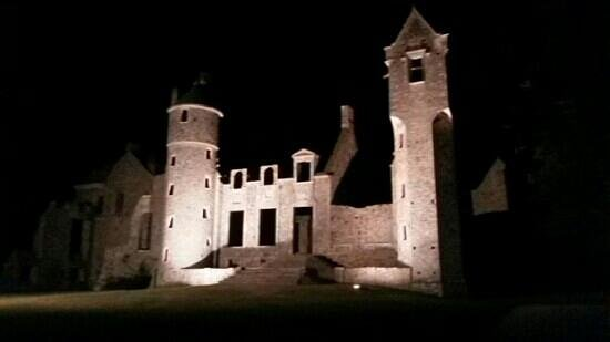 Château de Gratot : De nuit