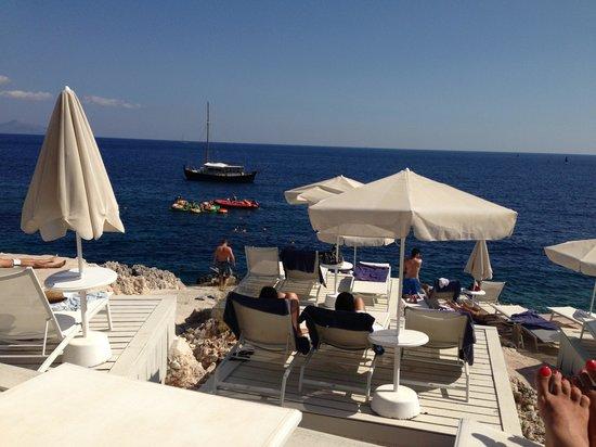 The Peligoni Club: The Sea Site