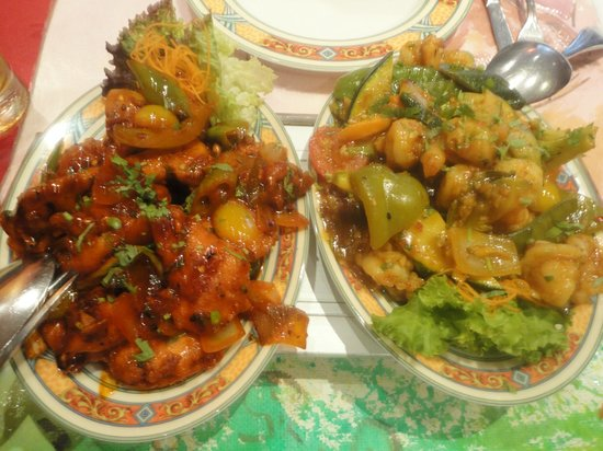 Restaurant Tibet: Chicken with garlic & chilli, prawns with vegetables