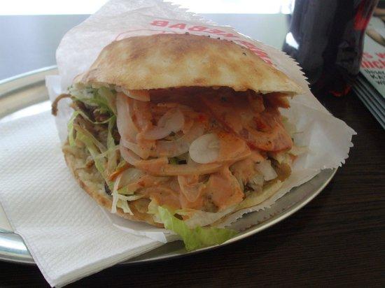 Original Kebap House : Excellent chicken Kebab in bread pocket