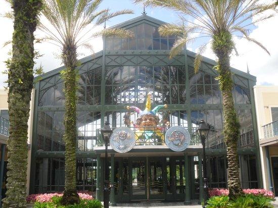 Disney's Port Orleans Resort - French Quarter: The main building