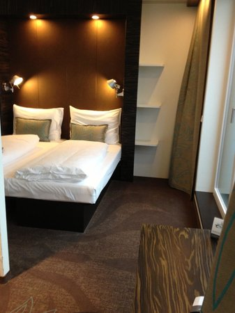 Motel One Salzburg: Zimmer im 6. Stock