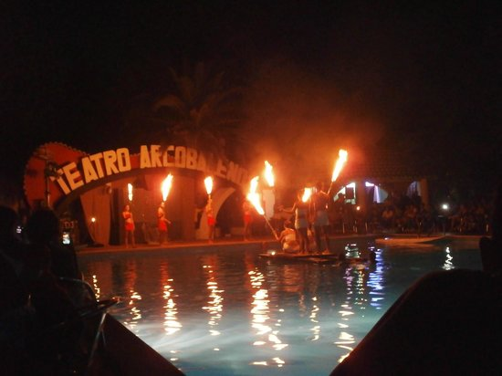 Villaggio Sayonara Club: The Fire Show in teatro