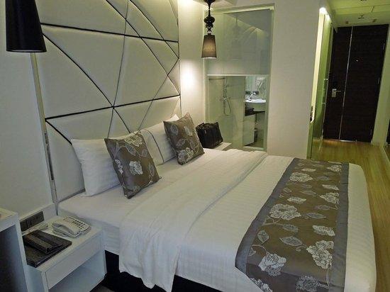 S Sukhumvit Suites: Room1