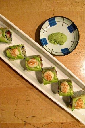 Daikanyama: avocado maki