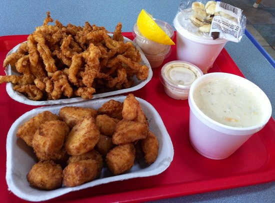 Arnold's Restaurant: Most delicious seafood!