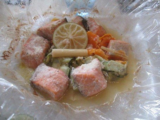 A l'Ardoise Chatillonnaise : Saumon au lait de coco en papillote