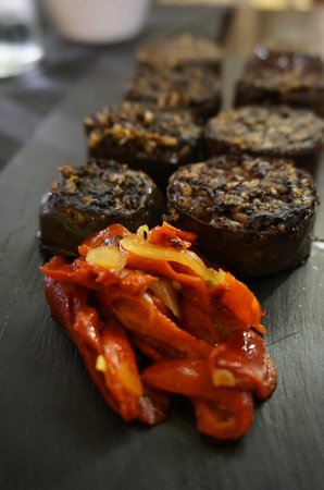 La Casa Del Rey : Black pudding and roasted peppers