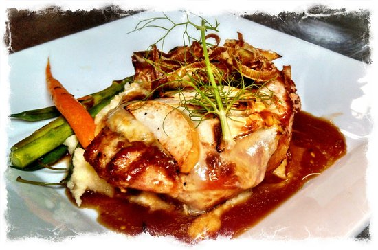 The Parker House Inn and Restaurant: Pan Seared Pork Chop with Apple and Brie Fondue