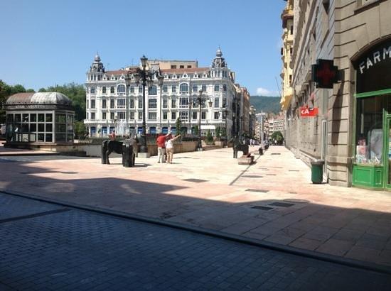 Ayre Hotel Ramiro I: il centro di Oviedo.
