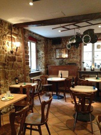 Brasserie Aal Eechternoach: Innenraum