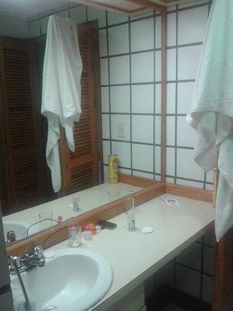 Dunes Hotel & Beach Resort: baño