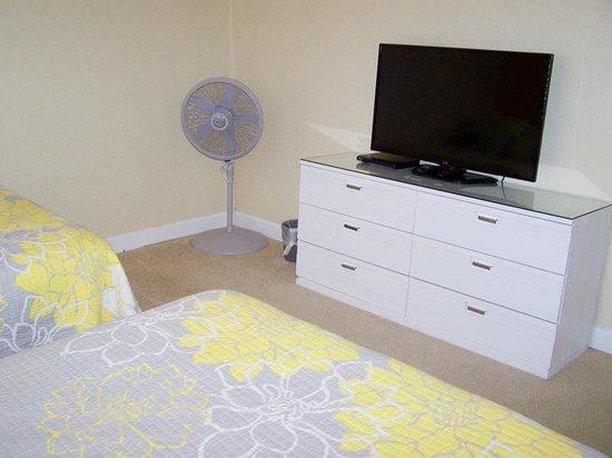 منتجع جالف ويندز بيتش: unit 705 - 2nd bedroom TV