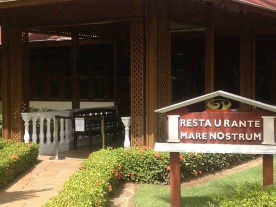 Grand Palladium Bavaro Suites Resort & Spa: marenostrum cerrado
