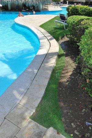 Grand Palladium Bavaro Suites Resort & Spa: piscina