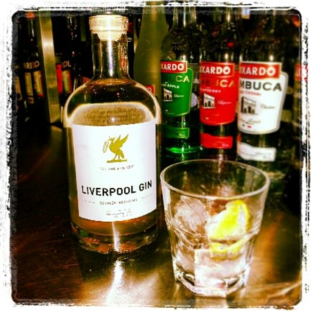 Cafe Sports England: Liverpool Gin - exclusive to Cafe Sports