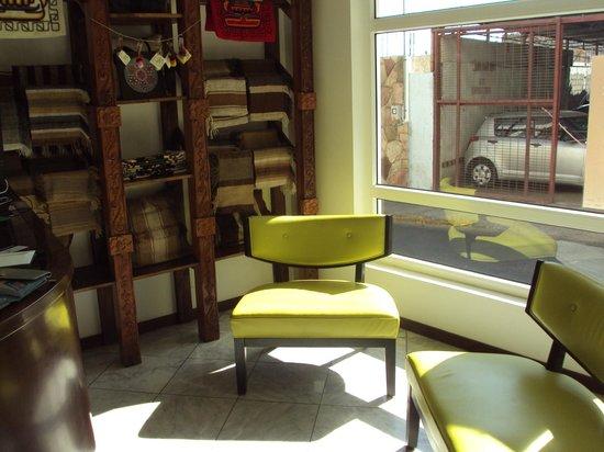 Hotel Casa Beltran: reception area