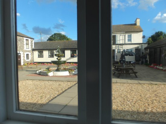 Coach House Hotel: View from room over courtyard