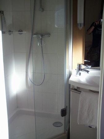 Ibis Tours Centre Gare : Toilet