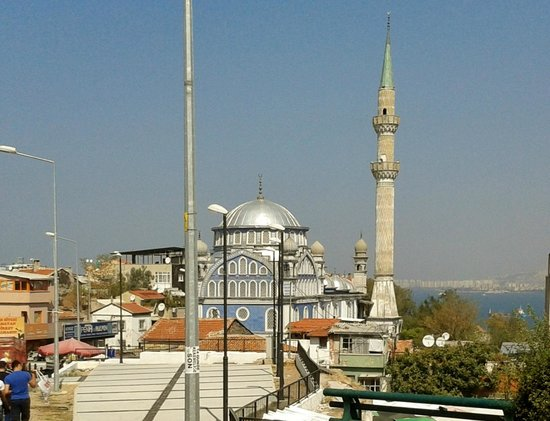 Izmir Sanat: minareto