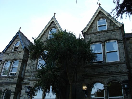 The Townhouse Rooms: The view from Falmouth Road
