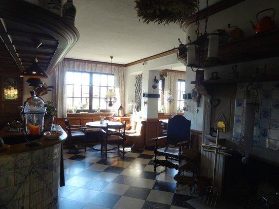 Landhotel Zur Gronenburg : Inside