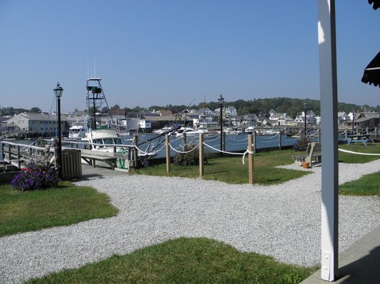 Boothbay Harbor Inn : View from restaurant/bar patio