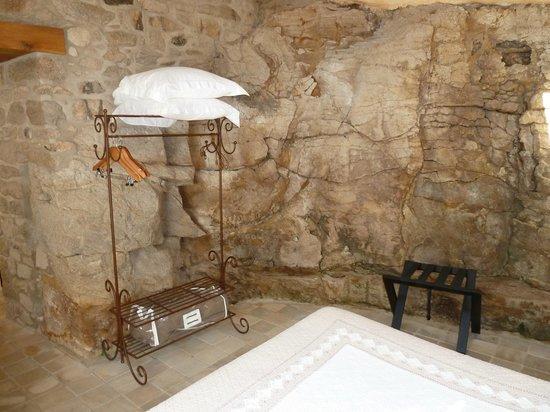 Manoir des Douets Fleuris : Hanging Space!