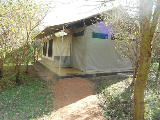 Olumara Camp: Our Tent for 2 nights.....'Glamcamping'