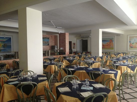 Hotel Punta del Sole : La sala