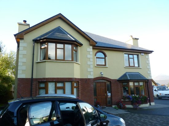 Ard na coille bed and breakfast prices b b reviews - Hotels in tralee with swimming pool ...