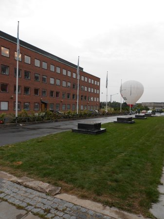 Bizapartment Gärdet: esterno sul parco