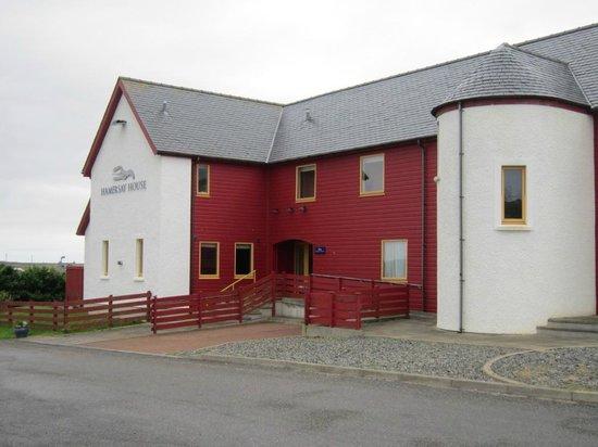 Tigh Dearg: Distinctive building in Lochmaddy